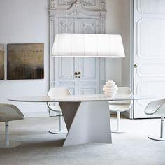 Table ovale Elica de Zanotta - Superstore.fr
