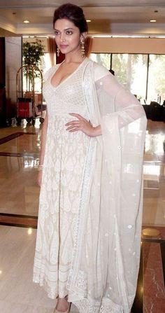 Looks I Love: Deepika Padukone in Amrapali & Abu-Sandeep — The Purple Window White Anarkali, Anarkali Dress, India Fashion, Asian Fashion, Ethnic Fashion, Women's Fashion, Indian Attire, Indian Wear, Indian Dresses