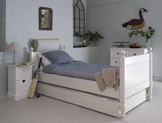 Alexander Sleigh Bed