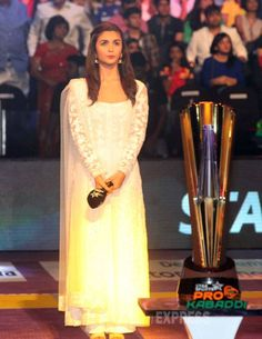 Alia Bhatt at the #ProKabaddi league finals in Mumbai. #Bollywood #Fashion #Style #Beauty