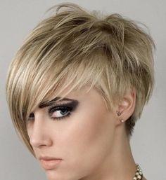 Não curti a maquiagem, mas adorei o cabelo :)
