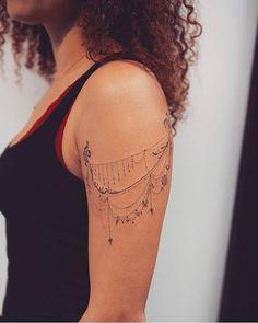 Lace Shoulder Tattoo, Front Shoulder Tattoos, Shoulder Tattoos For Women, Sun Tattoos, Pin Up Tattoos, Small Tattoos, Tattoos For Guys, Bird Tattoos, Feather Tattoos