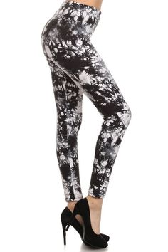Full length, high waist, black and white, marble print legging. Available in regular and plus size. Regular size fits most XS-XL, Plus size fits most s Black And White Abstract, Black White, Printed Leggings, Cotton Tee, Soft Fabrics, Calves, Heather Grey, Tees, Shirts