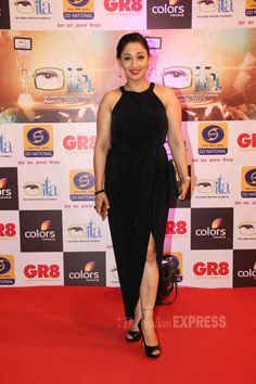 Shruti Ulfat at ITA Awards 2015. #Bollywood #ITAawards #Fashion #Style #Beauty #Curvy Beautiful Bollywood Actress, Most Beautiful Indian Actress, Karan Patel, Aunty Desi Hot, Hindi Actress, Tabu, Curvy Girl Fashion, India Beauty, Actress Photos