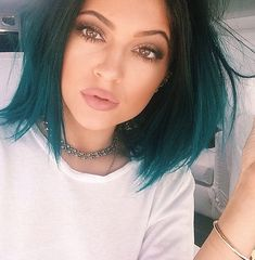 Kylie Jenner. So, so stunning...she is absolute perfection. Those eyes, ahh! Not to mention her fabulous hair. Gorgeous.