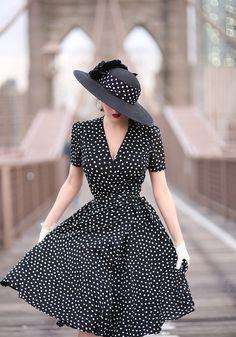 Simple Dresses, Pretty Dresses, Casual Dresses, Fashion Dresses, Summer Dresses, Vestidos Vintage, Vintage Dresses, Vintage Outfits, 1940s Fashion