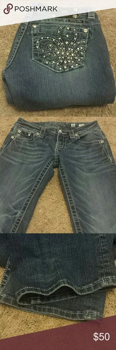 "Miss Me Boot Cut Bling Jeans! Miss Me Boot Cut Bling Jeans! Size 26, inseam 33"". EUC. Miss Me Jeans Boot Cut"