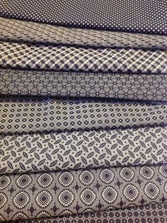 Shwe Shwe African Textiles, African Fabric, Textures Patterns, Print Patterns, Sharp Prints, Shweshwe Dresses, South African Art, Fabric Combinations, Fabric Scraps