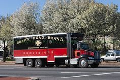delivery truck branding | photo