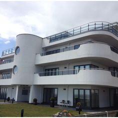 Art Deco flats, Frinton-on-Sea