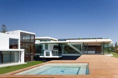 moderne Hausfassade Pool-Ferienhaus Portugal