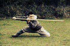 Master Yan Xin - Shaolin Yin Shou Gun, a traditional Shaolin Staff form Bo Staff, Shaolin Kung Fu, Staff Training, Training Motivation, Motivational Videos, Twin Brothers, Life Drawing, Body Weight, Martial Arts