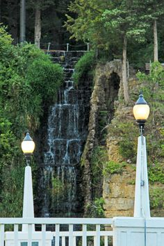 Krape Park waterfall between the lampposts - photo taken in 2012 Freeport Illinois, Historical Pictures, Waterfall, Landscapes, Park, Paisajes, Scenery, Waterfalls, Parks