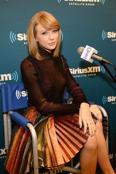 "SiriusXM's ""Town Hall"" Taylor Swift Airs Live On SiriusXM Hits 1 At The SiriusXM Studios: that skirt s sooo Pretty!!"