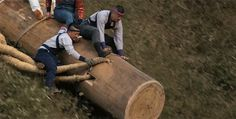 A Glimpse into Onbashira, the Dangerous Japanese Log Moving Festival