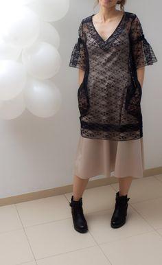 Black tunic dress, lace