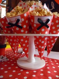cumpleaños gianluca Mickey Party, Mickey Mouse Birthday, Mickey Minnie Mouse, First Birthday Parties, First Birthdays, Ideas Para Fiestas, Candy Table, Baby Party, Princess Party