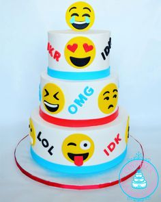 Emoji Cake I Created For Thebirthdayjoyprogram Some Awesome Kids Birthdays Birthday Cakes