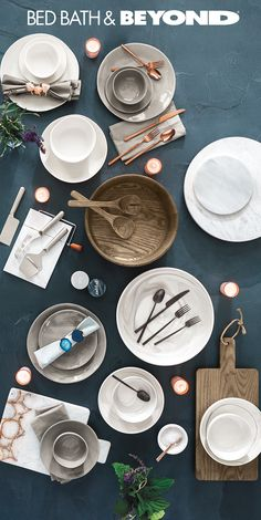 From pre-dinner drinks to the last slice of pie, you'll find all the ingredients for an unforgettable Holiday at Bed Bath & Beyond.