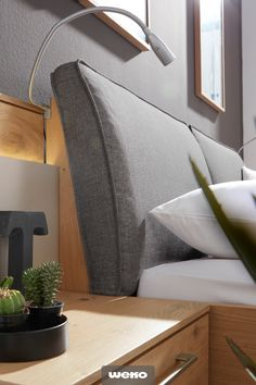 All Details You Need to Know About Home Decoration in 2020 Home Bedroom, Master Bedroom, Bedroom Decor, Wood Crafts Furniture, Home Furniture, Bedroom Furniture Design, Headboards For Beds, Bed Design, My Room