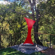 """Art belongs in nature. """"Leap,"""" powdercoated in red, specially commissioned for this majesticCaliforniaLive Oak grove. Pure magic! ••••• #landscapedesign#landscapearchitecture#architect#midcenturymodern#midcenturymodern#landscapedesign#moderngarden#sculpture#sculpturegarden#modernism#outdoorsculpture#moderndesign#minimalism#corten#stainlesssteel Outdoor Sculpture, Modern Sculpture, Landscape Architecture, Landscape Design, Oak Grove, Metal Structure, Abstract Shapes, Hurricane Glass, Midcentury Modern"""