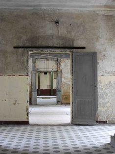 Catherine Lupton explores Beelitz's abandoned sanatorium. on Slow Travel Berlin Wabi Sabi, Casa Magna, Magic Places, Color Stories, Art Furniture, Abandoned Places, Abandoned Property, Architecture, Decoration