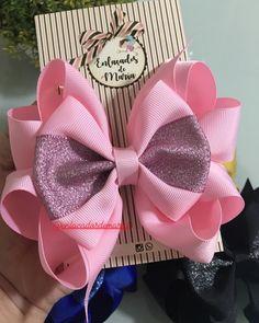 Diy Hair Bows, Making Hair Bows, Diy Bow, Bow Hair Clips, Fabric Flower Brooch, Fabric Bows, Fabric Flowers, Satin Ribbon Flowers, Ribbon Bows