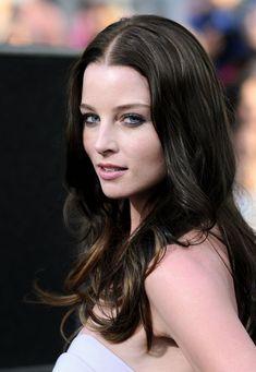 beautiful girls: Olivia Munn Nude Can Make Me Do Anything