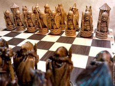 шахматы Статуэтки ручной работы. Былинные герои. Андрей ( Object_78M ). Интернет-магазин Ярмарка Мастеров. Шахматы резные