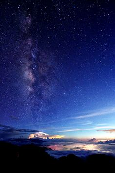 Milky way in Autumn 秋季銀河 - beautiful heavenly starry night sky
