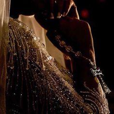 Amei a foto dos detalhes @max_soares Vestido Geraldo Couto detalhes vestido de…