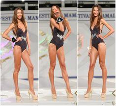 frumoasă! http://diez.md/2014/08/18/foto-video-cine-este-frumoasa-basarabeanca-xenia-gavrilov-fotomodelul-anului-2014-in-romania/