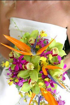 I'm bored with roses as a wedding decoration so for me this chance to pick tropical flowers to my wedding decoration is just awesome! I'm totally in love with flowers! I would love to have my weddi...
