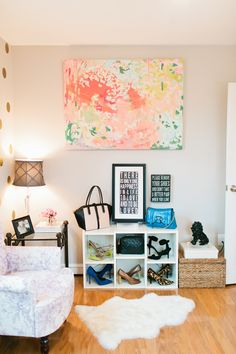 Laura Bateman Reif's Washington D.C. Home #theeverygirl #office #styling