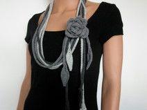Strickschal Strickkette mit Blume Merino Wolle