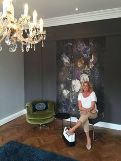 "Angela Hoogeveen, editor at Gloss Magazine recently visited Coolsculpting Clinic Netherlands in Amsterdam. This new clinic is styled by our dealer Brigitte Rongen from B-interiorwise. For the finishing touch, she used the Mural ""Bouquet"" by La Aurelia. This beautiful eye-catcher fits extremely well in this clinic and fills the room with color, atmosphere, peace and inspiration…"