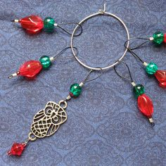 Red, Green Glass, Silver Owl, 6 Beaded Stitch markers, Pendant, Snag free, Snagless, Knit, knitting, handmade, Loop, Gift, Knitter Size 10