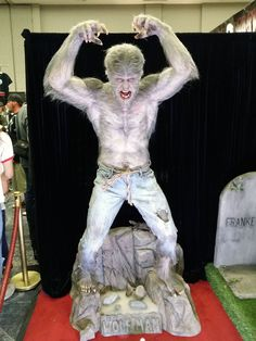 """See Mike Hill's life-size, life-like """"Aurora Wolfman"""" statue up close and personal Mike Hill, Lon Chaney Jr, Bark At The Moon, Black Lagoon, Werewolf, Aurora, Beast, Creatures, Statue"""