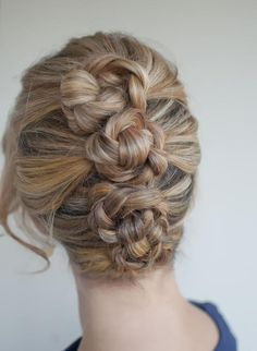 3 knotted buns for a unique updo.