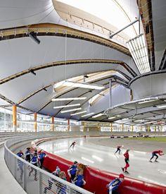 Inzell Speed Skating Stadium / Behnisch Architekten + Pohl Architekten