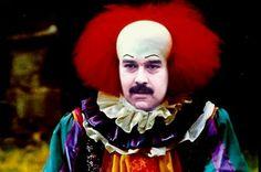 """¡EL CIRCO COMO POLÍTICA! Maduro es un malabarista y payaso que intenta distraer la """"arrechera popular"""""""