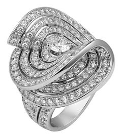 Cartier Urban ring - White gold, brilliants. PHOTO Vincent Wulveryck © Cartier 2012