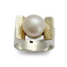 Sterling silver and yellow gold ring, fresh water pearl ring, June birthstone ring, two tones ring, engagement ring, twotone - Amazon grace on Etsy, $174.00