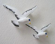 Vintage 70s Beach Rustic Signed Gerrys White Enamel Seagull Bird Brooch Pin Pair Set by ThePaisleyUnicorn, $8.00