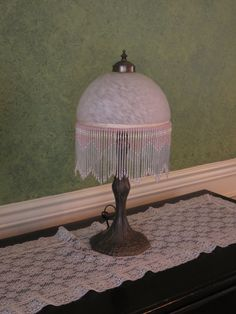 Vintage Parlor Lamp Table Lamp Vanity Lamp by MauraLynnsCollection
