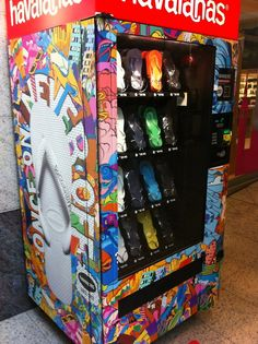 Vending machine for flip flops! This is awesome!