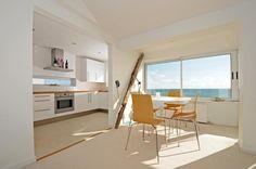 towards kitchen & sea view