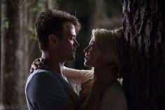 Safe Haven: Lasse Hallstrom on Balancing Romance & Thrills