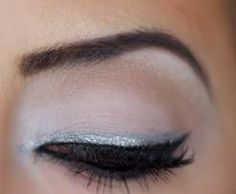silver eyeliner - simple and gorgeous