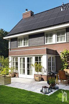 Twee meter diepe, centrale uitbouw. Outdoor Decor, Modern, Home Decor, Trendy Tree, Decoration Home, Room Decor, Interior Decorating